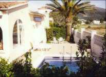 villa to rent Near roses Costa Brava Spain