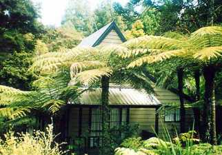 chalet accommodation rental Auckland, North Island New Zealand