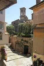House for sale in centre of old cannes