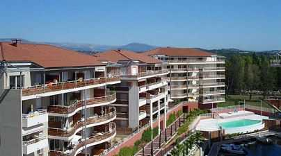 Rental apartment in marica with boat mooring in South of France for self-drive boating holidays