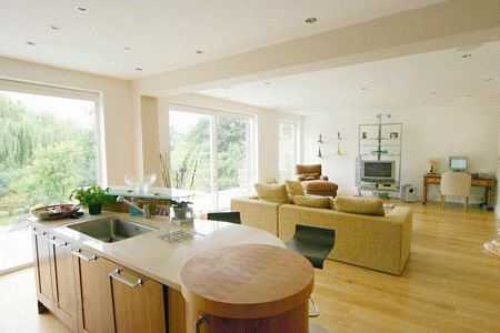 North London house for sale. Greenbelt property in Hertfordshire within the M25