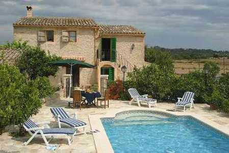 Inland villa rental with pool for 6 to rent in Mallorca