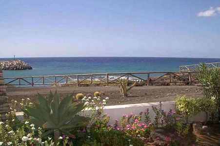 Tenerife holiday apartment rental apartment with pool